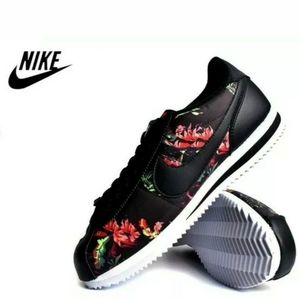 NIKE air Cortez Black FLORAL Size 9 Athletic SHOES